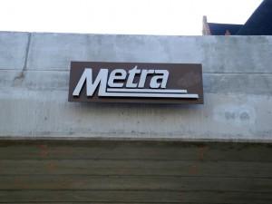 Metra Sign
